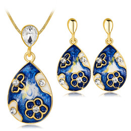 $enCountryForm.capitalKeyWord Australia - Earrings Necklace 2-Piece Set Jewelry Fashion Women Vintage Rhinestone Color Painted Gold Plated Water Drop Style Party Jewelry Set JS578