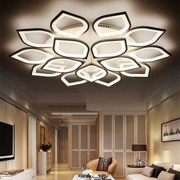 Venta al por mayor de Nuevo Acrílico Moderno LED Luces de techo para sala de estar Dormitorio Plafond Iluminación para el hogar LED Lámpara de techo Lámparas de Techo Accesorios