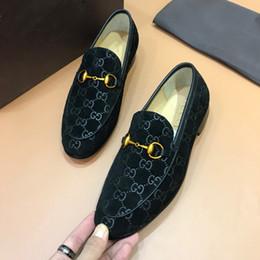 Toptan satış Gentle İçin Yüksek kaliteli Resmi elbise ayakkabı erkekler Gerçek Deri Ayakkabı Sivri Burun Erkek tasarımcı İş Oxfords Casual ayakkabılar markaları