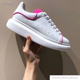 $enCountryForm.capitalKeyWord Australia - Mens Women Designer Shoe Luxury Slide Summer Fashion Wide Flat Slippery Sandals Slipper Flip Flop Size 35-46 Xsd190506