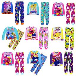 6eb7e3ab92af Baby squalo Suits Pigiama Ragazze ragazzi Cotone a maniche lunghe T-shirt +  pantaloni 2 pezzi imposta bambini vestiti per bambini