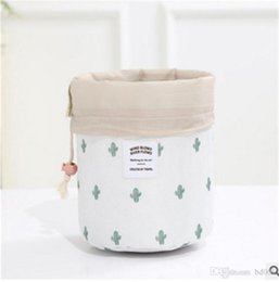 barrel cups UK - Women Cosmetic Storage Bag Barrel Shaped Makeup Drawstring Bags Travel Bundle Pocket Cactus Flamingo Flower Printing 5 2hl Ww