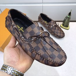 fashion casual classic mens shoes 2019 - The 2019 Luxury mens dress shoes printing leather designer fashion classic Flat Peas shoes for men casual running shoes