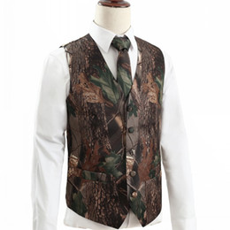 Опт 2019 Новый Camo Groom Жилеты Hunter Country Style Wedding Realtree Spring Камуфляж Mens Наряд Vest 2 шт комплект (жилет + Tie) сшитое