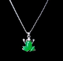 $enCountryForm.capitalKeyWord Australia - Natural Green Jade Frog Pendant Necklace Charm Jewellery Fashion Accessories Hand-Carved Man ahd woman Luck Amulet Gifts