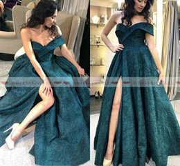 $enCountryForm.capitalKeyWord Australia - Modest 2019 Emerald Green Lace Evening Dresses Off Shoulder African Formal Party Gowns Sexy Side Split Long Prom Dress Custom Robe de soirée
