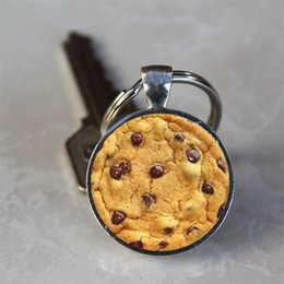 Crystal Chips NZ - Chocolate Chip Cookie Crystal Glass Dome Alloy Tray Pendant Keychain Keyring Pendant Gift Home Key Decorations Jewelry Accessories