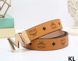 Wholesale The latest designer belts high quality leather belts fashion leisure business belts are the best match with your free transport
