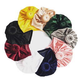 $enCountryForm.capitalKeyWord UK - 11Colors Velvet Kid Newborn Baby Girls Hat Baby Indian Twist Knot Bonnet Chemo Turban Cap Beanie Hat Head Scarf Wrap Solid FK