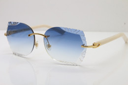 80d94635d0 Butterfly Arm Women UK - 2019 Factory Wholesale Rimless sunglasses New  Carved Lens Glasses 8200762A Rimless