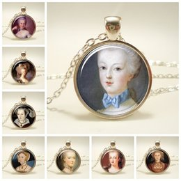 necklaces pendants Australia - Vintage Woman Avatar Art Painting Pendant Necklace Silver Chain Glass Cabochon Necklace Art Picture Necklaces Jewelry For Women