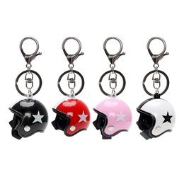 trinket toys 2019 - Creative Motorcycle Helmet Keychain Pendant Toy Key Ring Cute Safety Car Key Chain for Kids Women Bag Jewelry Trinket di