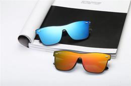 Womens Polarized Sun Glasses Australia - with box Luxury-High Quality Classic Pilot Sunglasses Designer Brand Mens Womens Sun Glasses Eyewear Metal Glass Lenses