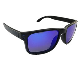$enCountryForm.capitalKeyWord Australia - Wholesale-Luxury Fashion O Series Sunglasses for Men Crossrange Smoke Frame Blue Logo Polarized Blue Lens PO9244 Brand Glasses Free Shipping