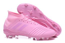 2019 Womens Messi Predator Telstar 18+ FG Boys Girls Tacos de fútbol  Chaussures De Football Boots Zapatillas de fútbol para niños para niños  Zapatillas de ... 1efcd7735f2b3