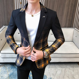 Wholesale blazer jackets resale online - Fancy Plaid Gradient Blazer Men Yellow Red Wedding Dress Blazer Slim Fit Single Button Fashion Suit Jacket Men