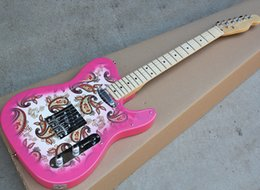Discount electric guitars flower Factory Wholesale Pink Electric Guitar with Flower Pattern,21 Frets,Maple Fretboard,Can be customized as request