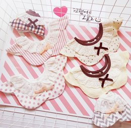 korean baby flowers Australia - Korean style flower shape cotton baby saliva Saliva towel Lace bib towel lace bow Princess fake collar baby bib