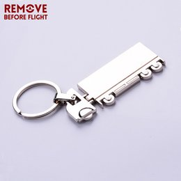 3d resin pendants Canada - Remove Before Flight keychain New Jewelry 3D Truck Shaped Trendy Keyring Keychain for Car Key Holder Key Chains Pendant Ring