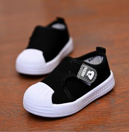spring autumn child canvas shoes Australia - 2020 new spring and autumn girls boys magic stickers children students pure color board shoes breathable casual canvas shoes trend