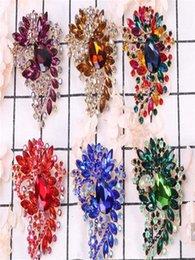 Wholesale middle eastern scarves resale online - European and American popular Brooch flower large birthday Brooch gift Brooch coat scarf accessories