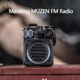 Großhandel Xiaomi Youpin MaoKing Muzen FM Radio Mini Bluetooth Lautsprecher MW-PVX Handgefertigte Handwasserdichte Vintage Retro Taschenlampe Subwoofer