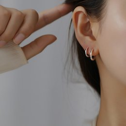 simple stylish rings NZ - 925 sterling silver earring Stylish simple classic silver black ear ring ear bone couple wild trend boy girl jewelry