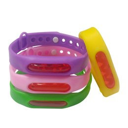 free mosquito wristbands UK - Bracelet+Anti Mosquito Capsule Pest Insect Bugs Control Mosquito Repellent Wristband For Kids Mosquito Killer Free Shipping