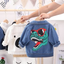 toddler girl jeans shorts UK - Toddler Kids Denim Jacket Baby Boy Long Sleeve Tops Fashionable Cartoon Coat Autumn Baby Girls Jeans Baby Outerwear Clothing CX200727