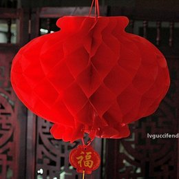 honeycomb decorations wholesale UK - 16Inch 40cm Chinese Style Red Honeycomb Waterproof Paper Lantern For Festival Party Supplies Wedding Decoration ZA4922