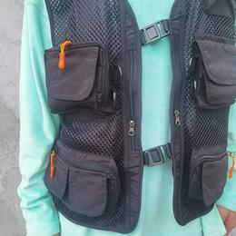 Wholesale outwears for men resale online – Streetwear Vest for Men Mesh Hip Hop Pockets Cargo Vest Outwear