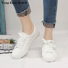 hand painting canvas shoes NZ - Cheap Women 2019 NEW Canvas Fashion women vulcanized sneakers Plus Size 35-43 high-top flats hand-painted casual white students shoes woman