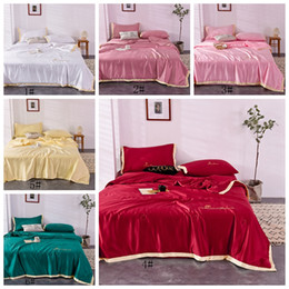 Wholesale Summer Solid Quilt Gift Quilt Washable Silk Summer Thin Quilt 3 Sizes Cotton Down Cotton Comfortable Household Bedding Supplies VT1407
