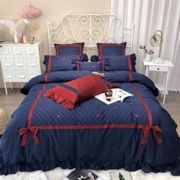egyptian cotton duvet set red NZ - 4 7pcs Red blue Bedlinen Soft Bedclothes Stars moon embroidery Bedcover Duvet Cover Pillowcase egyptian Cotton Bedding set