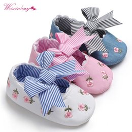 toddler moccasins Australia - Fashion Embroidered Flower princess shoes for toddler baby girls big bow soft sole newborn baby moccasins shoes