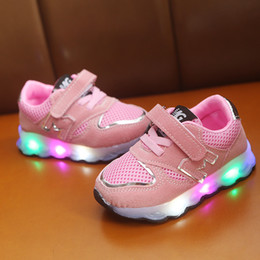 kids led flash shoes NZ - Kids LED WIth Light running Sneakers Boys Girls Footwear Sweet Comfortable Charging Flash Child Running Shoes Kids Sport Shoes