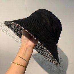 Moda chapéus de balde para homens mulheres Stingy Brim cap dobráveis chapéus respirável pescador Casual guarda-sóis casquette 2020 novo estilo em Promoção