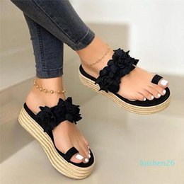 low platform wedges UK - Women Sandals Plus Size Wedges Shoes for Women High Heels Sandals Summer Shoes 2020 Flip Flop Chaussures Femme Platform 26l
