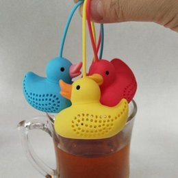 tea coffe UK - Duck Tea Filter Strainers Silicone Cute Special Designed Duck shape style Filter Loose Leaf Coffe Tea Strainers 100pcs T1I2049