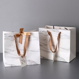 holidays packs Australia - Marble Paper Gift Bags Garment Holiday Gifts Portable Shopping Bag Business Packing Wedding Party Decoration CT0352