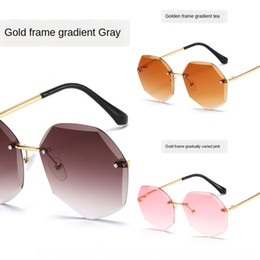 korean girls sunglasses Australia - 64o9d Korean sun style children's sun glasses men's and women's travel decoration children's trimming sunglasses fashion cute baby's sunglas