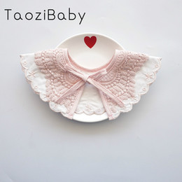 white lace bibs Australia - Baby Bibs 360 With Lace Baby Girl Scarf Lace-up Feeding False Collar Stuff Cute Infant Newborn Things 95% Cotton