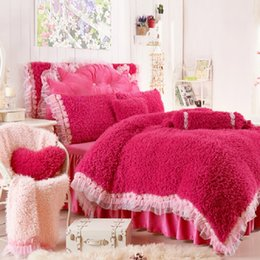 romantic lace queen bedding sets UK - Romantic 3D Lace Rose Bedding Set Princess Winter Warm Plush Duvet Cover Sets Bedding for Wedding Luxury Bedroom Textile