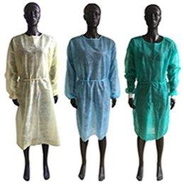 no tejido Aislamiento Protección bata desechable Ropa de protección a prueba de polvo de la bata para las mujeres de los hombres anti-niebla anti-partículas EEA1888 Aislamiento en venta