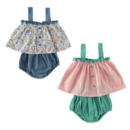 cute girls diapers NZ - Shorts Baby Girl Clothing Sets 2 Piece Little Girl Fashion Suit Style Suspender Tops with Diaper Cover Cute Summer Outfits 20071701