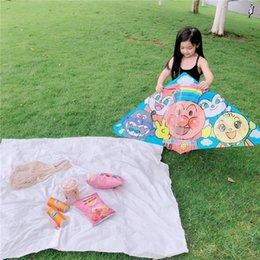 mit der Linie mit der Linie Brot kiten Superman einfach Brot toyToy toycartoon Kinderdrachen im Freien Eltern-Kind-Aktivität Spielzeug fliegen im Angebot