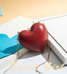 heart shaped bags NZ - Casual Female Bags Mini Bags Heart Shape Cute Girl New Arrival Best Selling Party Visual Attraction Sac Pu Leather Fashion Shoulder Bag