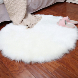 round chair covers UK - Soft Artificial Sheepskin Rug Faux Fur Carpets For Livingroom Chair Cover Wool Warm Hairy Alfombra Seat Wool Warm Tapete Mats Berber C X7eN#
