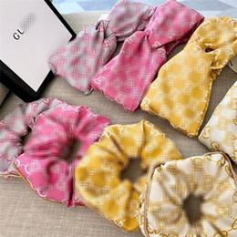Опт INS Мода Письмо Женщины Кольцо волос Винтажной вышивки Lady стяжка 4 цвета Модных женские волосы Резинка