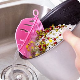 plastic kitchen sieve Australia - Snap-type leaf shape drain board Rice Wash Filtering Baffle Durable Leaf-shaped Sieve Beans Peas Washing Filter Kitchen Cleaning Tools